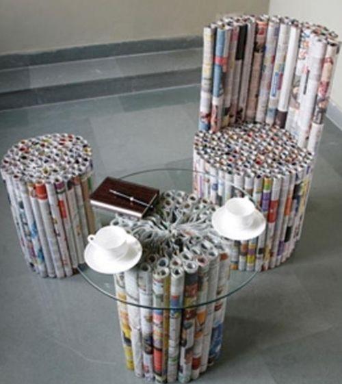 Журнальный столик из газет