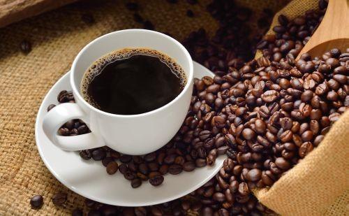 Kak-delaiut-kofe-bez-kofeina-2