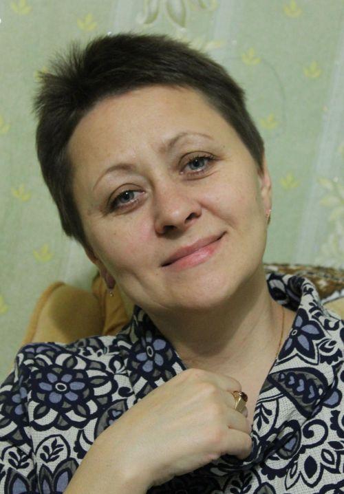 v-gostiakh-u-Anzhely-Sysoevoi-interu-s-semei-rukodelnitc-17