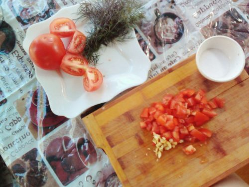 Pasta-s-kurinoi-grudkoi-tomatami-chesnokom-i-syrom-3