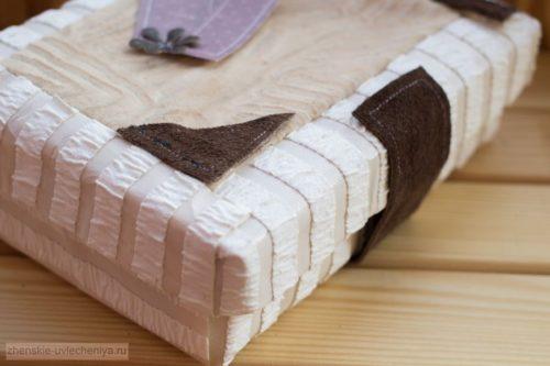 Korobochka-iz-kartona-svoimi-rukami-master-class-dekora-v-tekhnike-skrapbuking-2