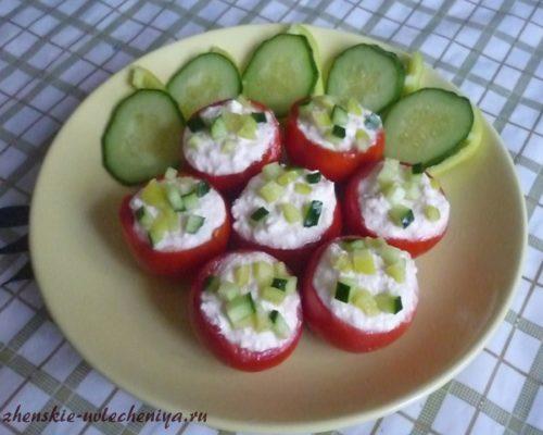 pomidory-farshirovannye-tvorogom-5
