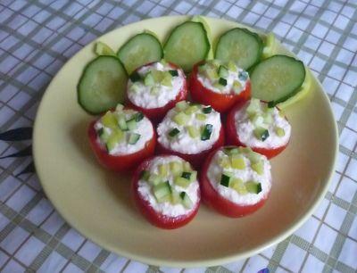 pomidory-farshirovannye-tvorogom-6