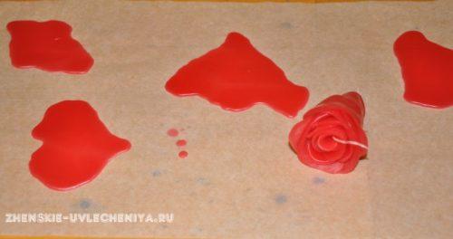 svecha-v-forme-rozy-svoimi-rukami-master-class-s-foto-9