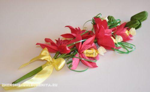 buket-orhideia-iz-konfet-gofrirovannoi-bumagi-master-class-32