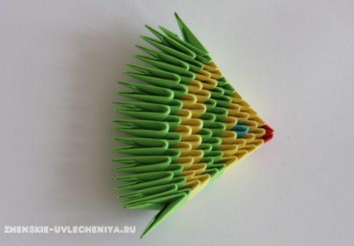 modulnoe-origami-rybka-skhema-sborki-dlia-nachinaiushchikh-s-poshagovymi-foto-12