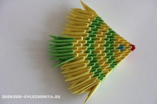 modulnoe-origami-rybka-skhema-sborki-dlia-nachinaiushchikh-s-poshagovymi-foto-14