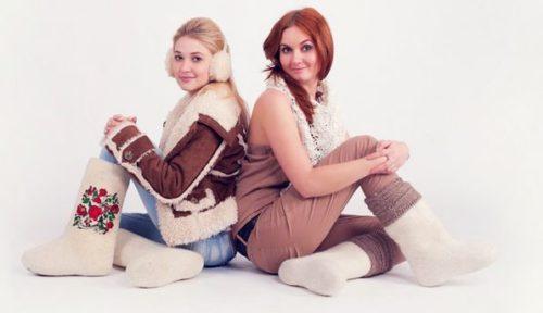 zhenskie-valenki-kak-vybrat-i-s-chem-nosit-13
