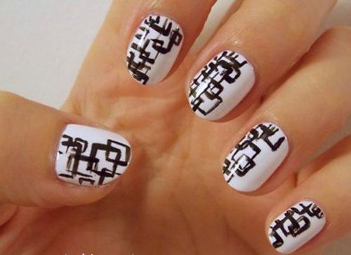black-and-white-nail-design-15