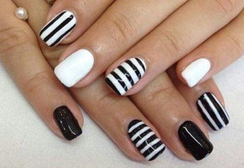 black-and-white-nail-design-17