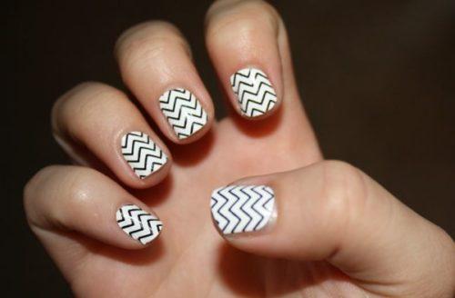 black-and-white-nail-design-8