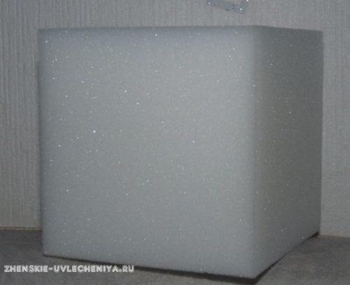 miagkii-razvivaiushchii-kubik-svoimi-rukami-s-vyshivkoi-krestom-2