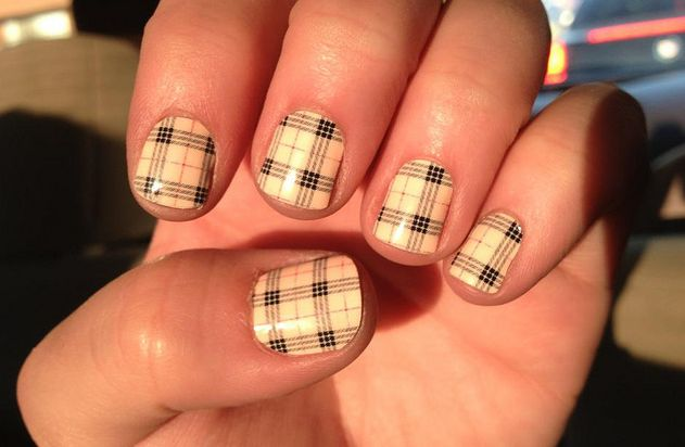 short-nails-design-15