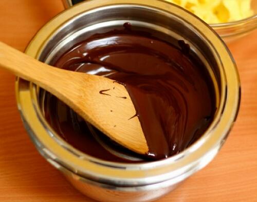 бальзам для губ из шоколада