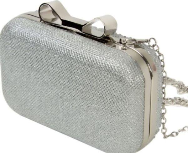 b4a9c25254f8 Типы женских сумок – описания популярных моделей и фото