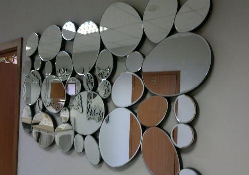 Декор стен зеркалами