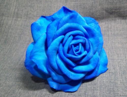 роза из пластичной замши