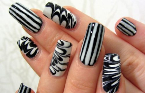 black-and-white-nail-design-18