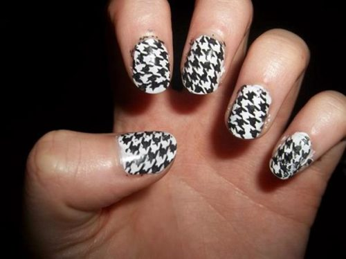 black-and-white-nail-design-6