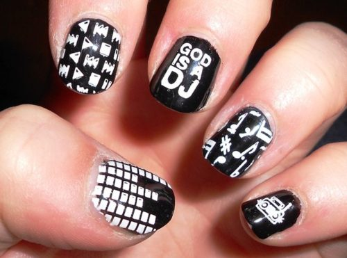 short-nails-design-10