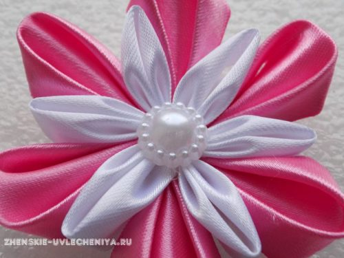 цветок из атасных лент для начинающих