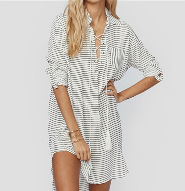 34e9eb3d5b9131b Платье-халат – разновидность рубашки, но более длинное, что позволяет  использовать его как одежду для улицы. Очень комфортны модели с запахом.