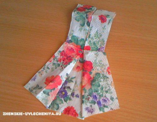 сложить платье из салфетки