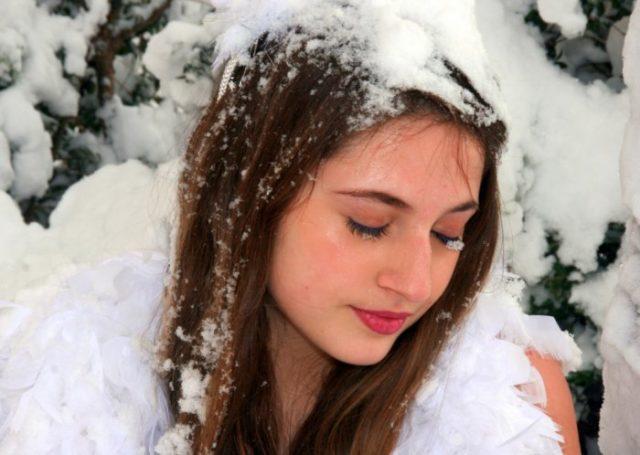 Снег вредит волосам