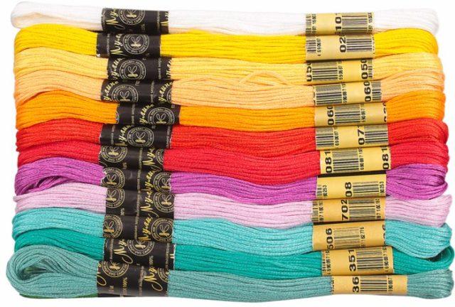 Vidy-nitok-muline-1-640x432 Что такое мулине: виды и особенности выбора ниток для вышивания